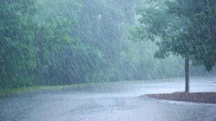 Burze, ulewny deszcz, grad. Ostrzeżenia IMGW