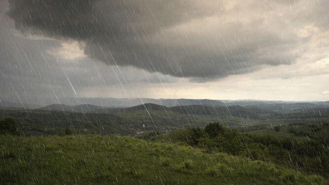Prognoza pogody na dziś: deszcze i burze <br />nie ustaną. Będzie ciepło