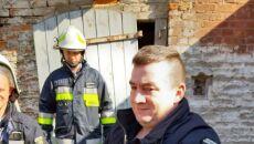 Bocianowi pomogli strażacy (OSP Przelewice)